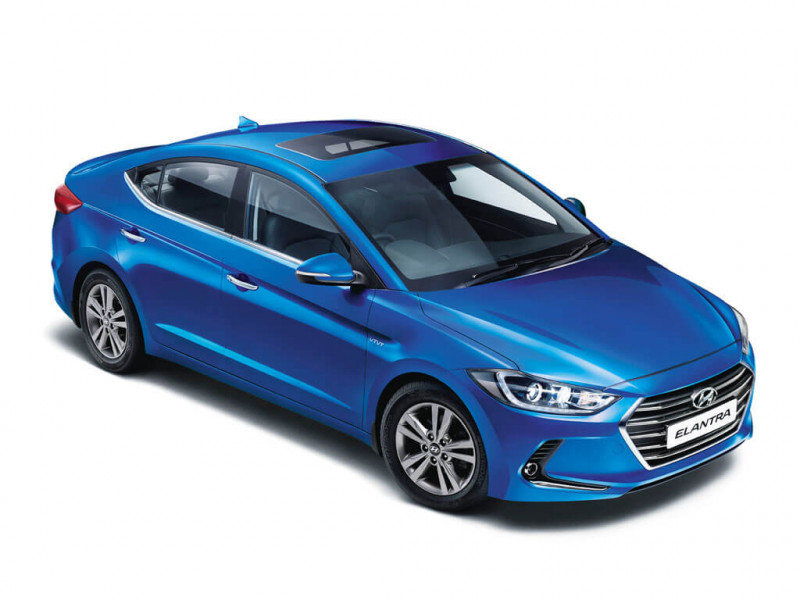 Hyundai Elantra 2 0 Smt Price Specifications Review