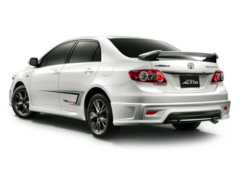 Toyota Corolla Altis Photos Interior Exterior Car Images
